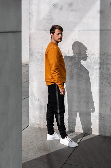 Kevin Elezaj - Paul Smith Sneakers, Paul Smith Sweatpants, Paul Smith Sweater - Orange