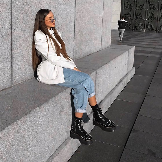 Nicole Chomsky - Dr. Martens Jadon Max Studd, Asos White Leather Jacket, Zara Mo Jeans - BEAUTIFULLIFE