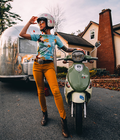 Carolyn W - Vintage 70s, Eddie Bauer Silver Buckle, Forever 21 Mustard, Leather - Vintage Vehicles