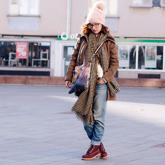 Iva K - United Colors Of Benetton Coat, Asos Jeans, Timberland Boots, Zara Scarf - Friday