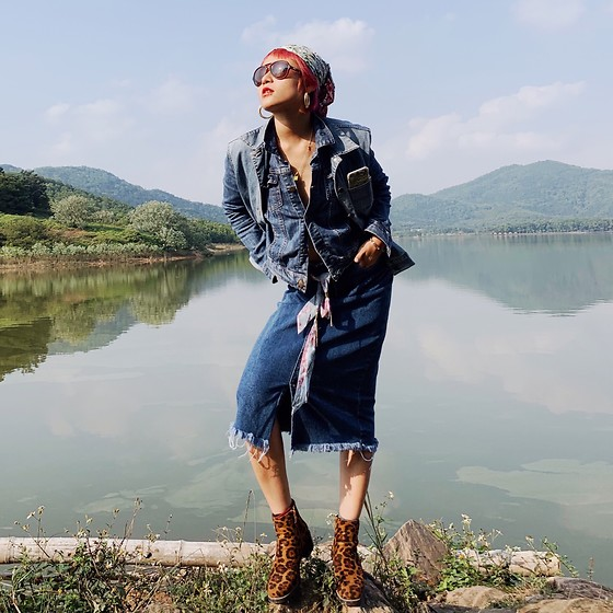 Aww Nhi - Levi's® Denim Jacket, Levi's® Denim Gile, Denim Long Skirt, Boot, Sungglasses - Leopard skin & Denim