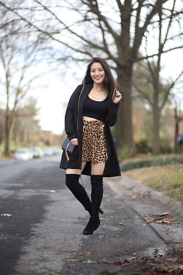 Kimberly Kong - Crop Top, Zara Animal Print Skort - Must Have Finds from Zara: All Under $19.99