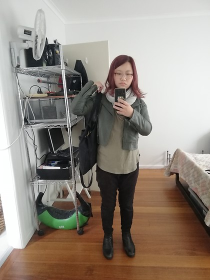 Magness TN - Typo Black Utility Tote Bag, Muubaa Grey Leather Jacket, Probably Target Black Jeans, Myer Chelsea Boots, Thrifted Grey Infinity Scarf - Badass Boss Babe with natural tones