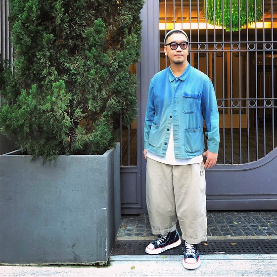 Mannix Lo - Vintage French Worker Jacket, Balloon Pants, Miharayasuhiro X Nigel Cabourn Destroyed Denim Sneakers - Take big steps through big doors with big intentions