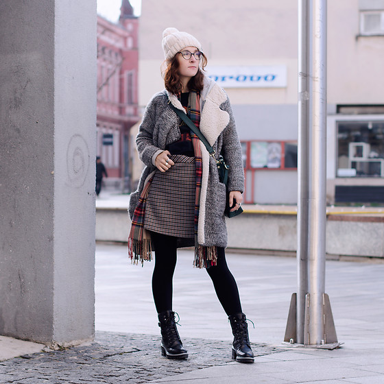 Iva K - Zara Coat, Zara Skirt, Tamaris Boots - Monday