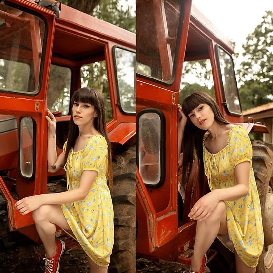 Valéria Przysbeczyski - Bloomin Clothing Dress - Yellow Love