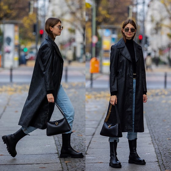 Jacky - Toral Boots, Levi's® Blue Jeans, Karl Lagerfeld Leather Coat, Vila Black Turtelneck, Salvatore Ferragamo Leather Bag - Leather coat for spring