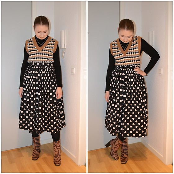 Mucha Lucha - Stradivarius Sweater Vest, H&M Roll Neck Top, H&M Skirt, Monki Boots - Not boring
