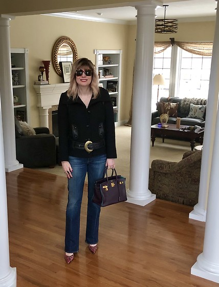 Shannon D - Mackage Belted Coat, Hermès Bag, Gucci Sunglasses, Manolo Blahnik Heels, Seven For All Mankind Jeans - Weekend Vibes