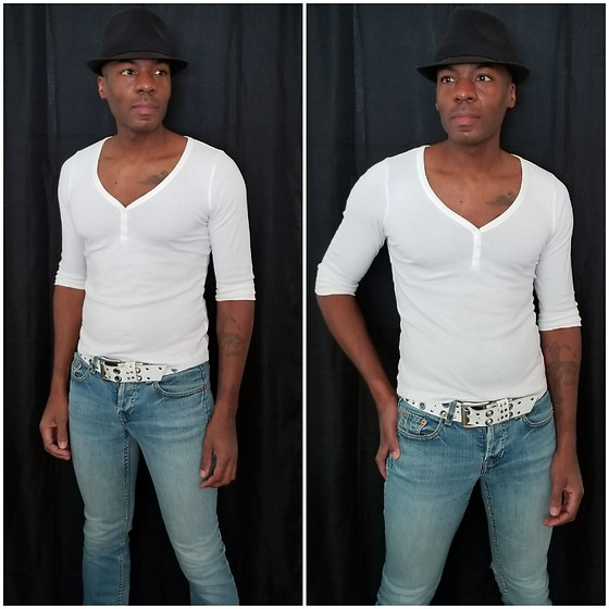 Thomas G - Old Navy 3 Button V Neck 3/4 Sleeve Top, Levi's 547 Strauss & Co, Faded Glory Fedora - Fedora | 3/4 Sleeve top | Denim jeans