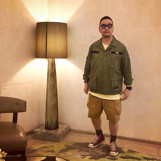 Mannix Lo - Military Jungle Jacket, Cotton On Tee, Uniqlo Cargo Shorts, Converse Chuck Taylor Sneakers - The older I get, the earlier it gets late