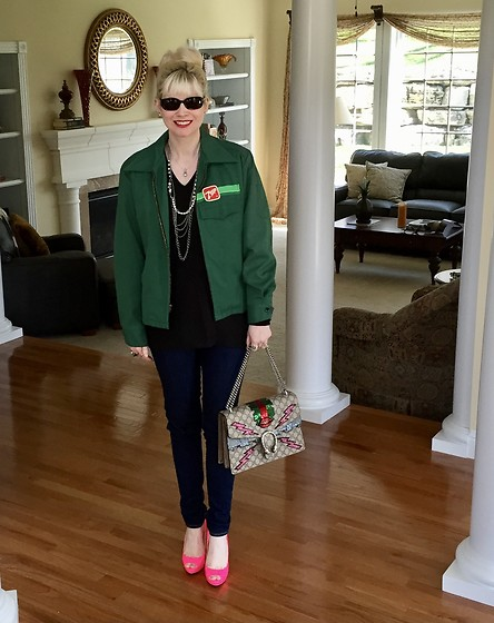 Shannon D - Vintage 7up Delivery Jacket, Gucci Bag, Oliver Peoples Sunglasses, Prada Heels - Casual Style Day