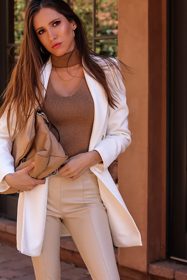Jenny M - Forever 21 Sweater, Zara Blazer, Zara Leather Leggings, Zara Bag - IG: @thehungarianbrunette // Neutral Moment