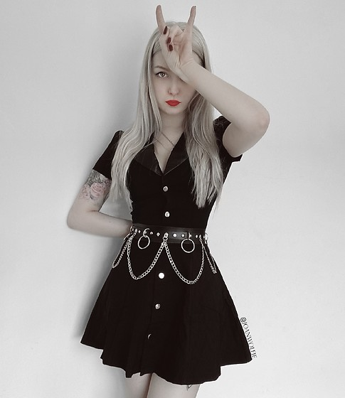 Joan Wolfie - Widow Strange Vices Belted Dress - STRANGE VICES // IG: @joanwolfie
