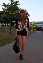 Filippa Smeds - Boyfriend's Sweater, Cut Off My Boyfriend's Jeans Shorts, Vagabond Shoes - Stealing my boyfriend's clothes