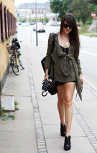 Andy T. - Acne Studios Top, Vintage Leather Shorts - COPENHAGEN FASHION WEEK DAY 1