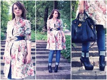 Agnieszka H. - Bronx Boots, Denim.Co Jeans, Do It Yourself Coat, Ri2k Bag - Do it yourself floral coat