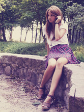 Iga Wysocka - Old Watch, Zara Skirt, Pull & Bear Shoes - Summer wine