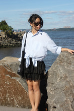 Bell Tessalee - H&M Ruffled Skirt, H&M Sunnies - As you can Sea