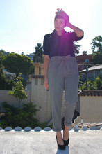 Cali Vintage - Vintage Silk Scarf, Vintage Silk Blouse, High Rise Trousers, Nine West Classic Black Pumps - Wearing the pants
