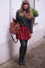 Marion A. - Scarlet Roos Leather Jacjet, American Apparel Skirt, H&M Satchel Bag, Nilson Boots - Back to school