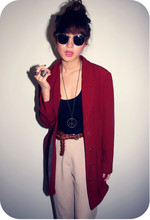 Trixia S - Vintage Ruby Red Jacket - Red Jacket Red Nails