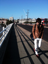 Leon L. - Gucci Aviator Sunglasses, Burberry Polo Shirt, Boycott Leather Jacket, Paul Smith Leather Bag, C'n'c White Slim Pants, Tod's Red Moccasin - Waterloo Bridge.