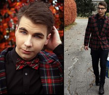 Markus Kibe - Plaid Bowtie, Tiger Shirt, Second Hand Plaid Jacket, Cheap Monday Jeans, Vagabond Boots - New haircut and jacket!