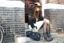 Iris . - Jeffrey Campbell Lita, Only Jacket, Vintage Hat - Sweet Disposition