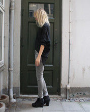 Marie Hindkær Wolthers - Weekday Shirt, Zara Jeans, Acne Studios Boots - Simple
