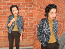 Melanie Likes - Urban1972 Jacket, Urban1972 Corduroy Leggings, Vintage Blouse - I'm Going to New York