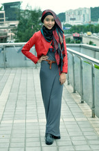 Yuna Zarai - Iamjetfuelshop Red Biker Jacket, Primark Maxi Dress - Red leather in this weather