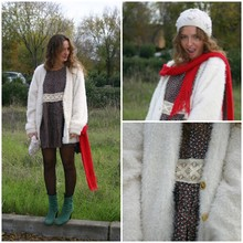 Marta Castellanos - Love Jane Dress, Pilar Burgos Booties, Tik Tok Cardigan - Very happy
