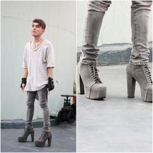Karl Philip Leuterio - Zara Oversized Tee, Acne Studios Pants, Soule Phenomenon Lace Up Platforms - God is grey, all the time