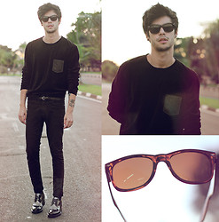 Vini Uehara - Guidomaggi Shoes, Ui Gafas Sunglasses - Mistery