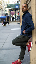 Lindsey Trimble - Levi's® Denim Jacket, J. Crew Chinos, Adidas Tech Super - Relaxing New York Denim Day