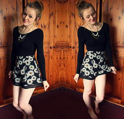 Beth Kennett - H&M Long Sleeved Backless Bodysuit, Primark Daisy Shorts - Spring Time, Lolly Pop.