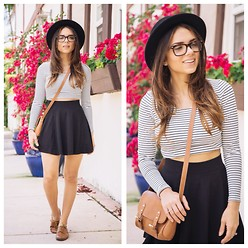 Daniela Ramirez - Lovers + Friends Striped Crop Top, Bonlook Sunglasses, Nine West Shoes - Stripes in town!
