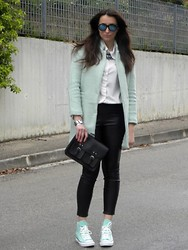 Veronica Vannini - Sheinside Coat, Zara Pants, Converse Sneakers, H&M Bag - Converse and coat waiting for spring