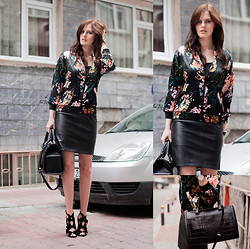Viktoriya Sener - Wholesaleonline Floral Bomber, Vintage Leather Skirt, Zara Bag, Zara Sandals - TODAY