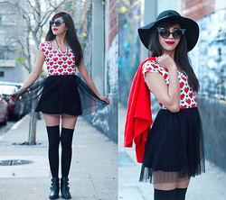 Monique Soto - Black Milk Clothing Crop Top, Forever 21 Sunglasses, American Apparel Knee High Socks, H&M Skirt - Love You to Bits.