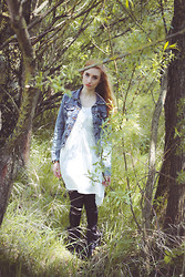 Mel Grotesque - Primark Denim Jacket, H&M White Dress, Romwe Leather Leggins - Green spring
