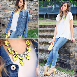 IVANA J. - In Love With Fashion Blouse - Neon yellow necklace