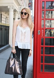 Josefin Dahlberg -  - London outfit