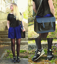 Lou Rais - Sweewe Short, H&M T Shirt, New Balance Shoes, Cambridge Satchel Bag - Rock Stairs