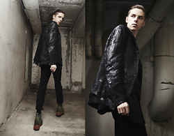 Mikko Puttonen - Leather Blazer, Ring, Boots, Pants - Decayed