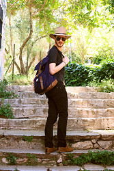 King Cherry - H&M Backbag, Zara Black Skinny Jean, Bershka Light Brown Sneakers, Holy Mustache Michael Jackson Eyewears, Beige Hat - Safari'