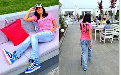 Alina Vlad - Victoria's Secret Pink T Shirt, Zara Boyfriend Jeans, Adidas Sneakers - Be Happy & Wear Pink!