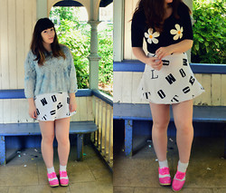 Carmen Ri - H&M Daisy Crop Top, Zara Floral Jumper, Motel Lettering Skirt, H&M White Socks, Deandri Pink Cut Out Oxfords - Seriously