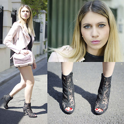 SARAH LOSS - Zara Pink Crop Biker, Zara Pink Chains Bag, Zara Crop Top, H&M Lace Heels Boots - Pink (on the) rock
